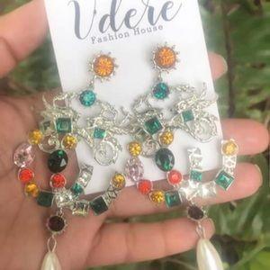 Woman Vibtage Earrings